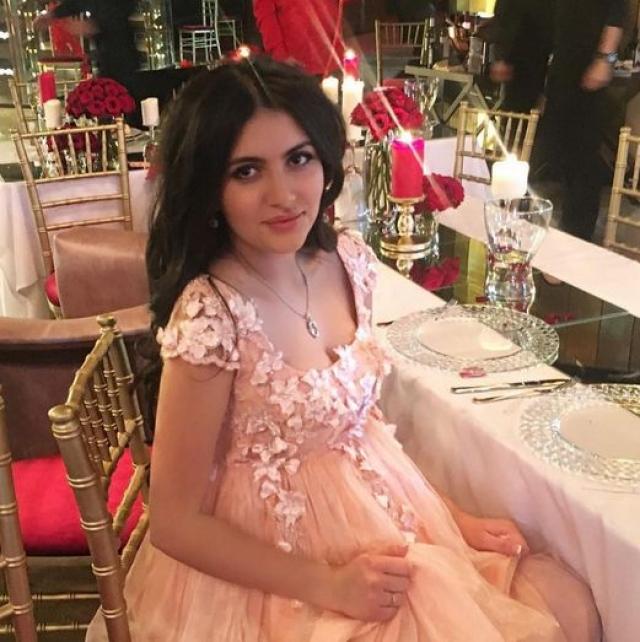 Мария Чигиринская - дочь Александра Чигиринского и племянница российского бизнесмена Шалвы Чигиринского.