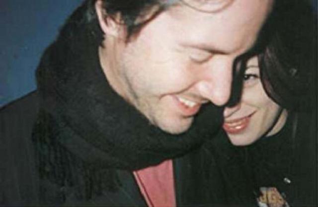 Киану Ривз. Свадьба Киану и Дженнифер Сайм должна была состояться 23 ноября 1999 года, а рождение дочки ожидали в январе 2000 года.