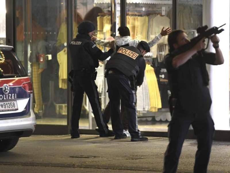 Жертвами теракта в Вене стали три человека