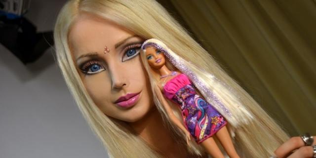 Валерия Лукьянова - кукла Барби. Девушка из Украины отрицает, что делала какие-либо пластические операции, чтобы походить на знаменитую куклу.