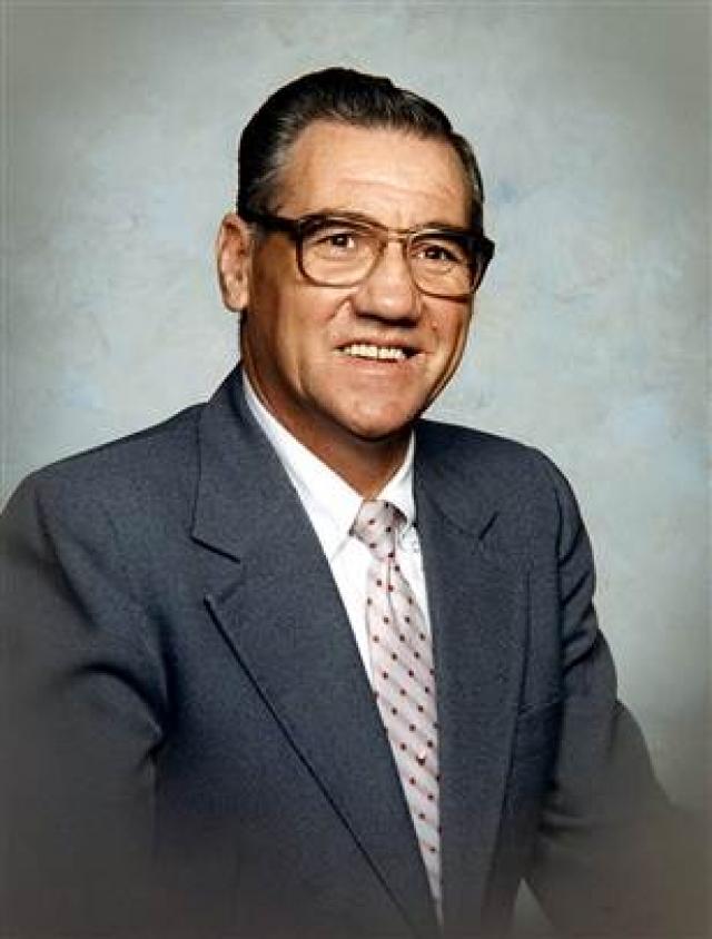 Без наркоза. Мужчина из западной Вирджинии по имени Шерман Сайзмор , был госпитализирован в больницу общего профиля Роли в Бекли в 2006 году. Ему нужно было провести операцию, чтобы определить причину боли в животе.