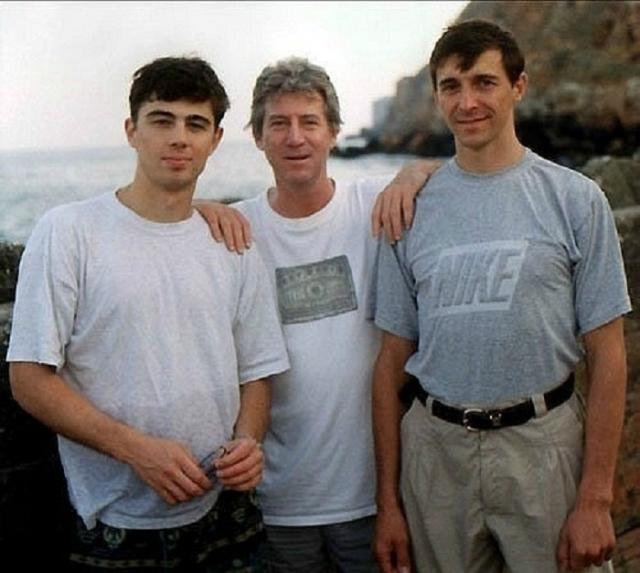 Сергей изучал искусство в Италии. В 1991 году ему удалось устроиться спасателем на пляж в местном курортном городе и заработать на путешествие по стране. Следующие три лета Бодров повторил подобный сценарий, вызывая неизменную зависть однокурсников.