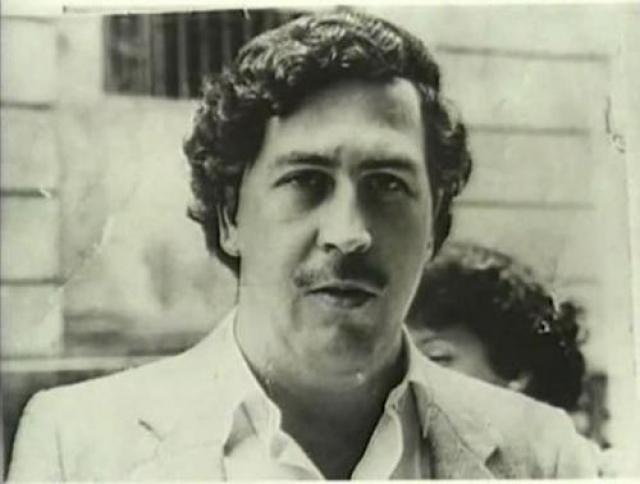 """Главари колумбийского наркобизнеса (""""колумбийские наркобароны""""), такие как Пабло Эскобар (на фото) и Карлос Ледер, сколотили огромные состояния и долгое время входили в круг самых богатых и опасных людей в мире."""