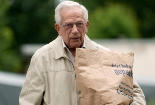 11 мая 2011 года суд в Германии постановил, что Клаас Карел Фабер не будет экстрадирован в Голландию. 26 мая 2012 года стало известно, что он скончался в Германии.