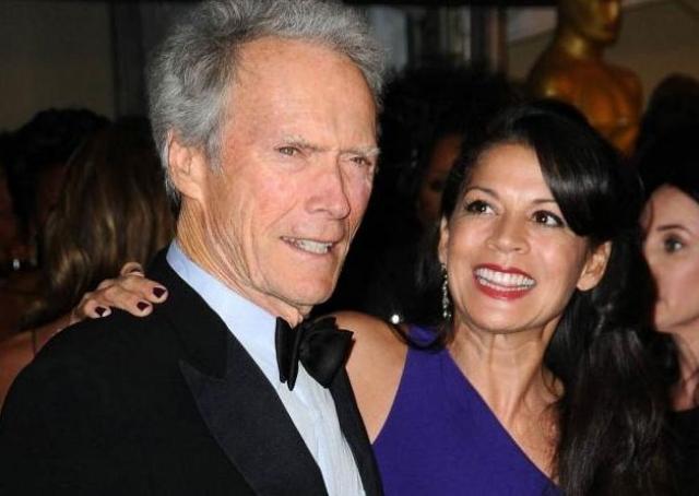 83-летний американский актер и режиссер Клинт Иствуд развелся с супругой Диной Руиз после 17 лет брака.