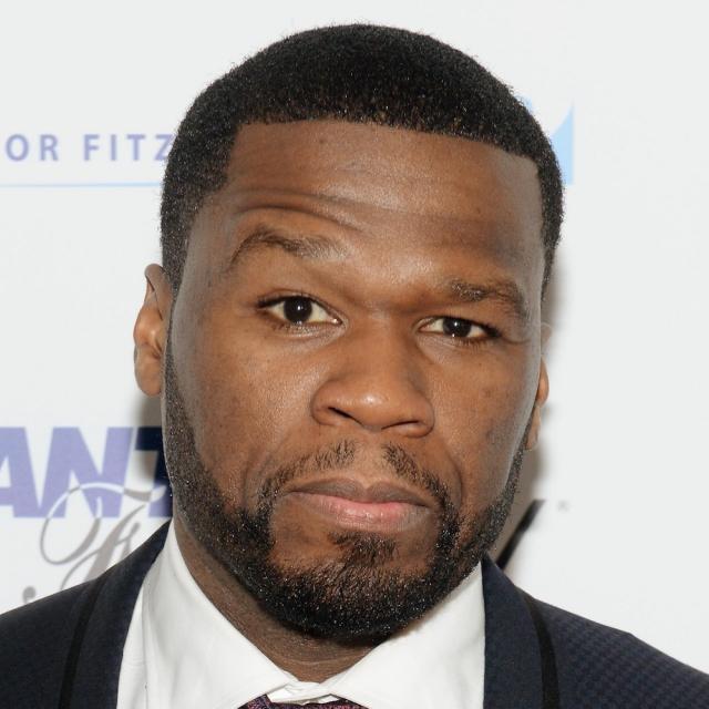 50 Cent - Кертис Джеймс Джексон. Рэпер взял себе псевдоним еще в школе. Изначально это было прозвище Кельвина Мартина - бруклинского грабителя 1980-х из Fort Green Projects.