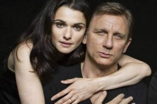 Когда актер изображает Джеймса Бонда и снимается с красивейшими актрисами планеты, то можно предположить, что он найдет свою любовь именно на таких съемках.