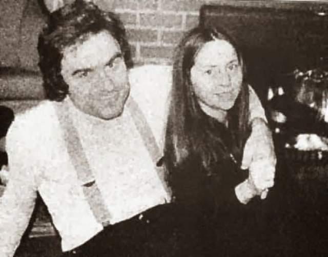 Кэрол Энн Бун, бывшая коллега Банди и мать-одиночка, была не из тех, кто хотел расправиться с маньяком. Она начала встречаться с Банди примерно за год до его ареста и ничего не знала о убийствах.