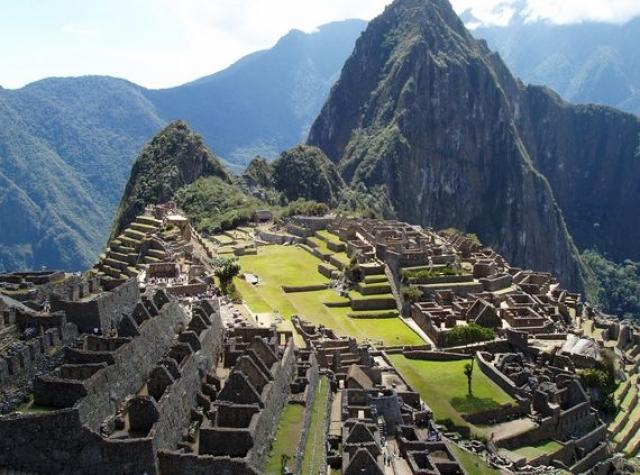 Сейчас Мачу-Пикчу посещают около 2 тысяч туристов в день, а сам Хайрам Бингем стал одним из прототипов киношного героя Индианы Джонса.