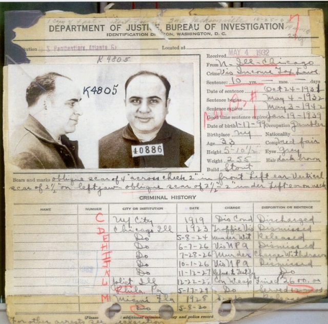 В результате Капоне был приговорен к максимальному штрафу в $50,000, возмещению судебных издержек в размере $30,000 и максимальному сроку по данному виду преступления - 11 годам в тюрьме.