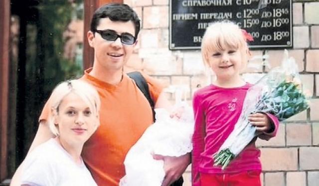Супруга актера, Светлана Бодрова, рассказывала журналистам, что накануне трагедии Сергей был грустен и как будто предчувствовал несчастье. Он дольше обычного говорил с ней по телефону.