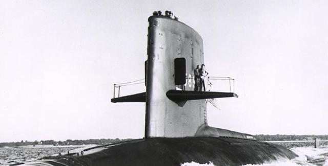 Когда же к назначенному времени субмарина не прибыла в пункт назначения, на ее поиски была снаряжена экспедиция из лодок и самолетов.