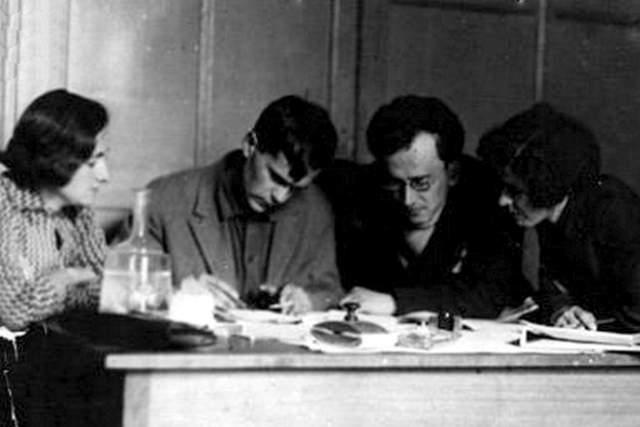 """В январе 1937 года Шаламова вновь арестовали за """"контрреволюционную троцкистскую деятельность"""". Он был осужден на пять летлагерей. На фото: Варлам Шаламов в редакции"""