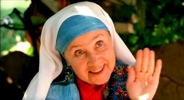 """Надежда Румянцева снялась еще в пяти фильмах, но также и попробовала себя уже в новой сфере. На телевидении она устроилась ведущей программы """"Будильник"""", а также занялась озвучиванием мультфильмов: ее голосом заговорила Мартышка из серии мультфильмов про """"38 попугаев"""", утенок Билли из русского дубляжа """"Утиных историй"""" и Куки в """"Ловушке для кошек""""."""