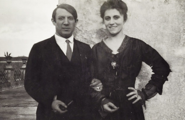 Ольга и Пикассо поженились 18 июня 1918 года в православном Соборе Александра Невского. Три года они были счастливы в браке и жили светской жизнью.