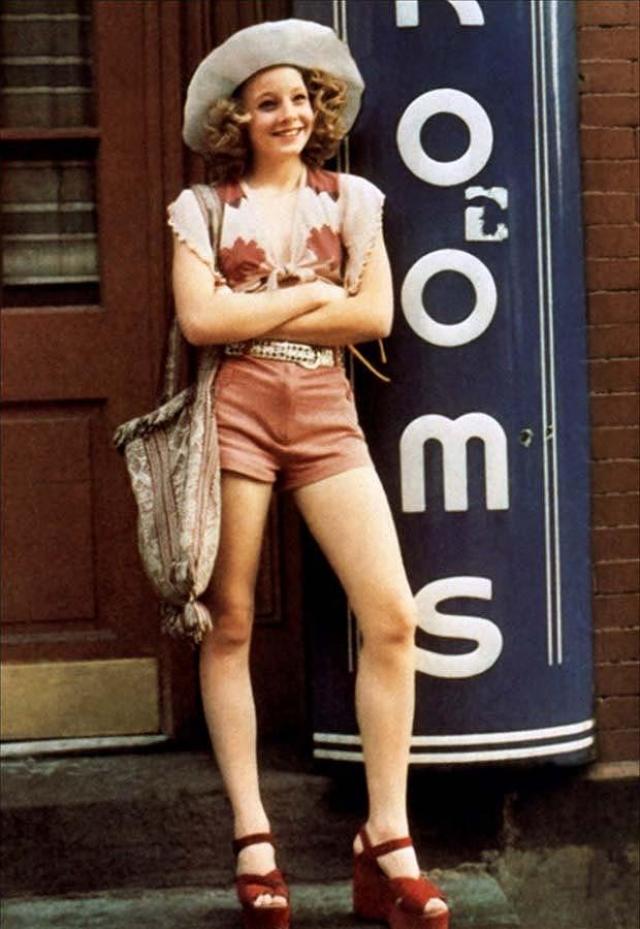 """Джоди Фостер, фильм """"Таксист"""". Юной Джоди было всего 14, когда она предстала в роли подростка-проститутки."""