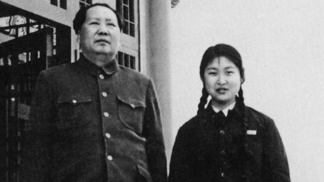 У Мао родилось 10 детей, из которых выжили лишь трое.