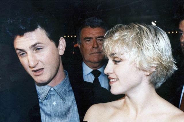 Шон Пенн. Дурная слава о характере актера ходила очень давно. Его агрессию испытала на себе и знаменитая бывшая супруга - певица Мадонна.