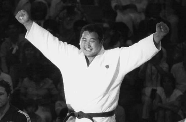 В 1983 году Сайто стал победителем чемпионата мира, проходившего в Москве. Обладатель олимпийского золота Лос-Анджелеса в 1984 году и Сеула в 1988-м.
