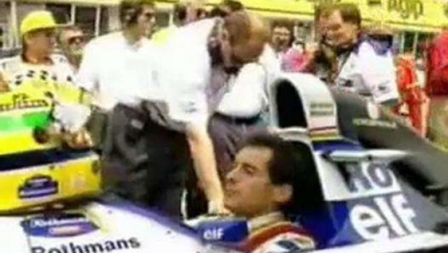Айртон Сенна. Бразильский трехкратный чемпион мира Формулы-1 за 15 минут до гибели в страшной аварии в 1994 году на Гран-при Сан-Марино.