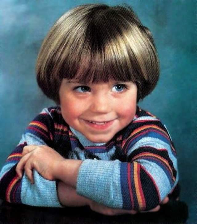 Джонатан Брэндис, 1976-2003. Американский актер, режиссер и сценарист начал свою карьеру в детсадовском возрасте - в четыре года.