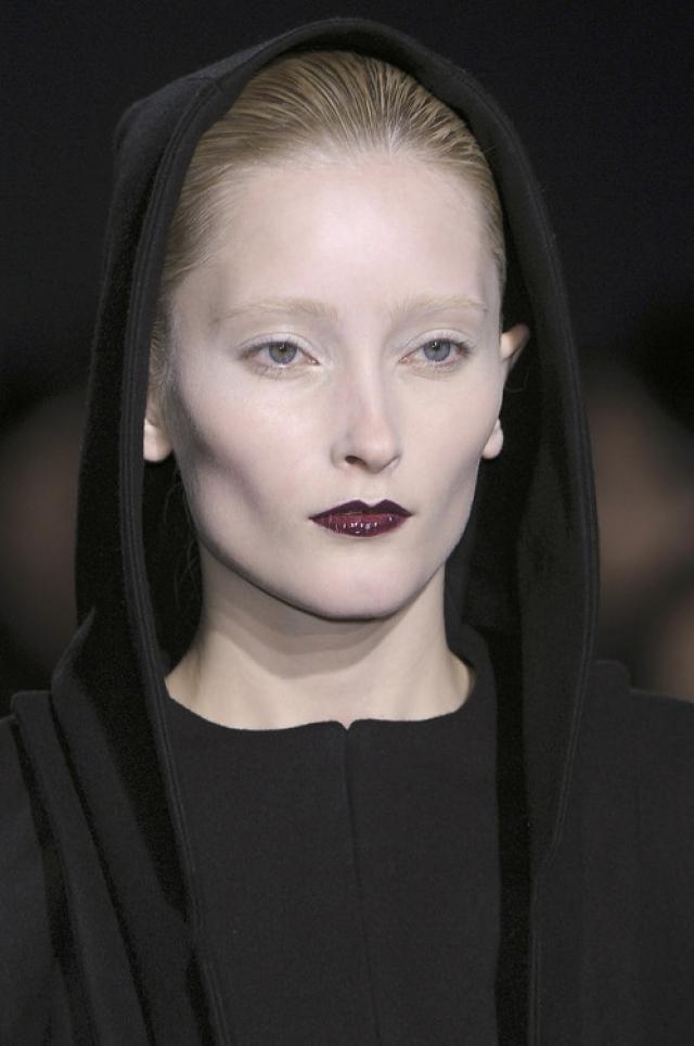 Станге также была отмечена в таких рекламных кампаниях, как Marc by Marc Jacobs, Dolce & Gabbana и Sonia Rykiel. Она делала дефиле для таких именитых брендов, как Chloé, Chanel, Emmanuel Ungaro и Kenzo.