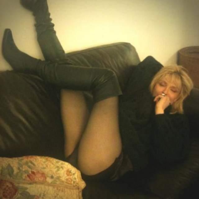 В 2007 году Кортни Лав сровнялся с землей люкс отеля Covent Garderi в Лондоне, где справляла своей 43-й день рождения.