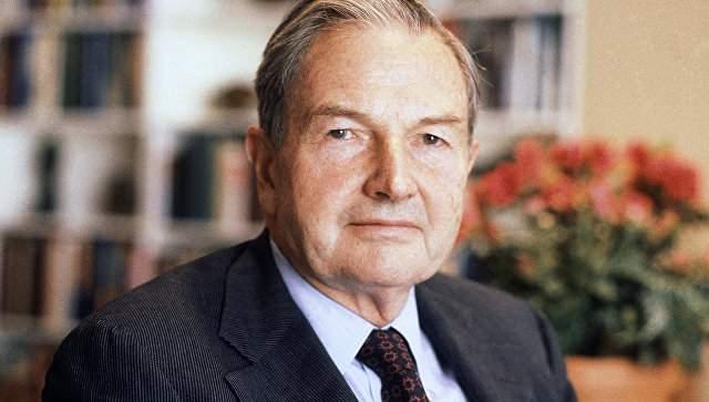 Дэвид Рокфеллер, 1915-2017. Старейший миллиардер планеты и глава клана знаменитых Рокфеллеров. Свое состояние Дэвид унаследовал от деда, Джона Рокфеллера.