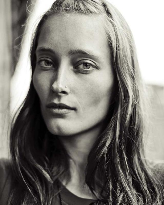 Икелине Станге. Модель с потусторонней внешностью из Голландии подписала контракт с агентством Women Management в Милане и Marilyn Agency в Нью-Йорке.