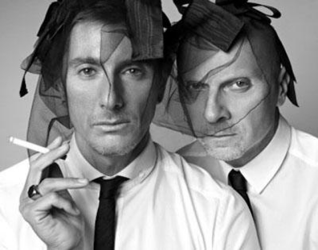 Стефано Габбана и Доменико Дольче. В 2000 году, спустя 15 лет после начала совместной жизни и карьеры, был раскрыт характер личных отношений итальянских дизайнеров Стефано Габбана и Доменико Дольче.