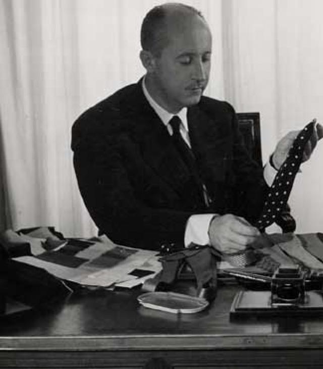 Позже Диор стал одним из тех, кто помог вновь вернуть послевоенному Парижу звание столицы мировой моды, а в апреле 1957 года появился на титульном листе журнала Time Magazine.