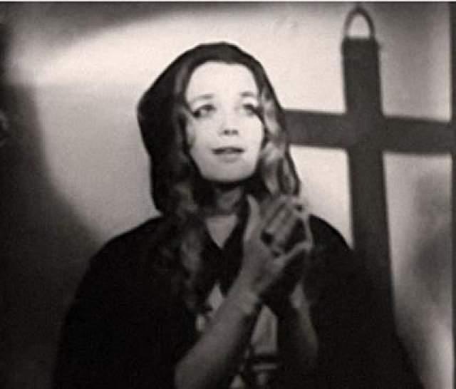 Утвердили Ирину Алферову. Фотопроба на роль Констанции.