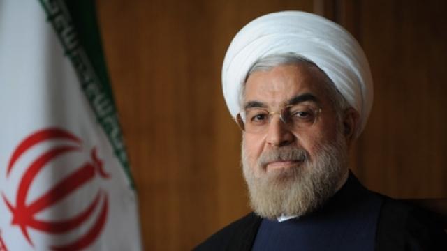 """Президент Ирана Хассан Рухани в ответ на это с улыбкой прокомментировал перспективы израильско-иранской войны: """"Когда мизерная региональная страна утверждает такие вещи, это заставляет лишь улыбнуться""""."""
