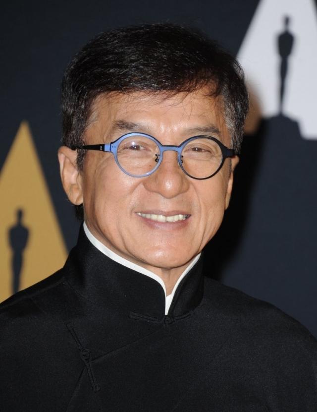 Возможно, благодаря этому, он снялся в почти 80 фильмах как актер, в 11 - как каскадер, 15 снял как режиссер и 11 - как продюсер.