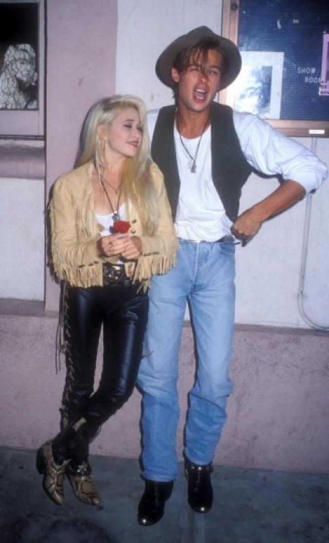 Элизабет Дэйли. Дэйли к моменту встречи с Питтом была певицей с парой танцевальных хитов.