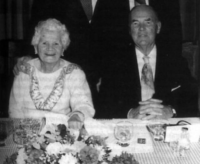 После восстановления дипотношений с Германией, в 1952 году, Прибке даже получил германский паспорт.