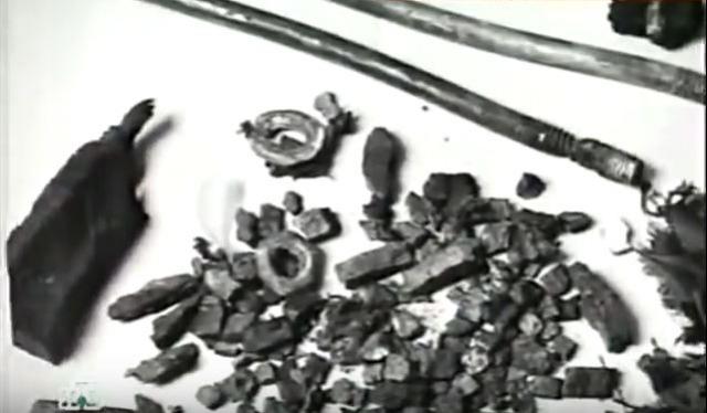 Одновременно шел поиск иголки в стоге сена: по деталям взрывных устройств.