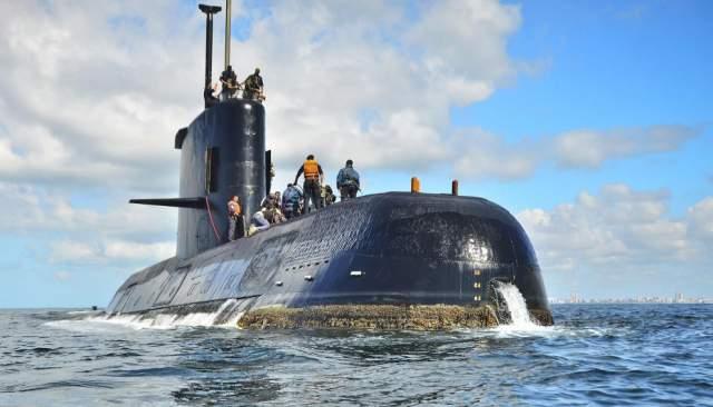"""Капитан пропавшей подводной лодки ВМС Аргентины """"Сан-Хуан"""" пообещал своей матери, что это будет его последний поход.. Так и получилось."""
