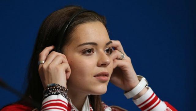 А совсем недавно стало известно, что олимпийская чемпионка Сотникова вошла в число тех спортсменов, которых подозревают в манипуляциях с допинг-пробами, при этом речь не идет о положительной допинг-пробе или ее подмене.