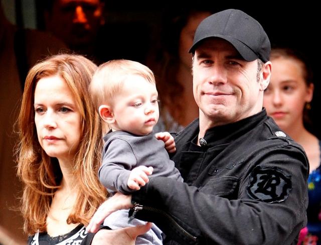 Джон Траволта. Актер стал папой в третий раз в 57 лет, у Траволты родился младший сын Бенджамин.