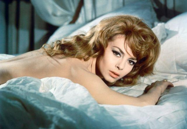 Мишель Мерсье - Анжелика. Французскую актрису все знают по роли Анжелики из одноименных фильмов 60-х.