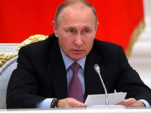 Путин осадил возмущенную Мизулину цитатой о ленточных глистах