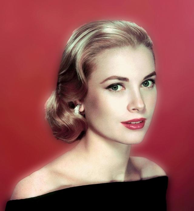 Не избежала злого рока и Грейс Келли , ставшая воплощением американской мечты, поскольку сумела пройти путь от простой актрисы до княгини Монако .