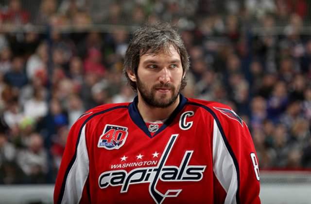 Александр Овечкин Хоккеист с 2005 года выступающий в НХЛ за клуб Washington Capitals. В 2008 году он подписал со своим клубом 13-летний контракт на сумму в $124 млн, который стал самым дорогим за всю историю хоккея.