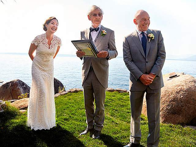 Все подумали, что это любовь, - но в 2013 году Иэн был свидетелем на его свадьбе с американской певицей Санни Оцелл.