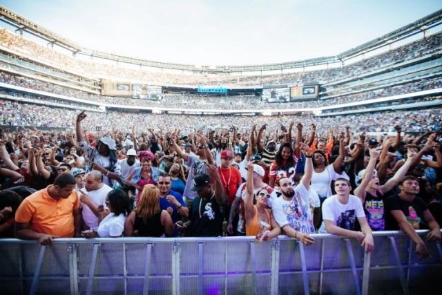 """Хип-хоп-фестиваль """"Summer Jam"""" 1997 года вписал себя в историю самых опасных концертов в истории."""
