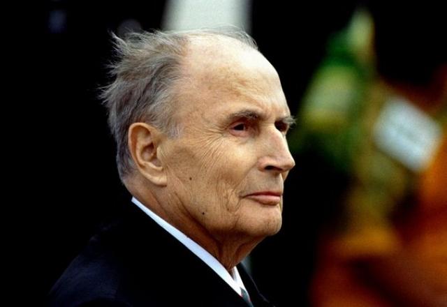 Президента Франции Франсуа Миттерана в течение пяти лет личный астролог Элизабет Тессие консультировала по всем важным вопросам внутренней и внешней политики, а также участвовала в подборе кадров.