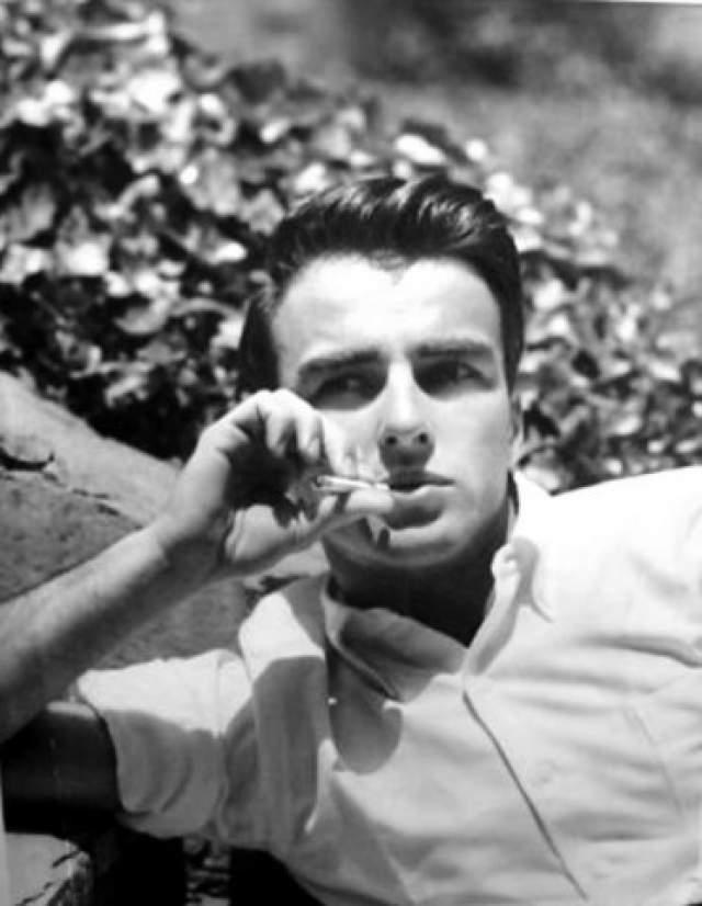 """Монтгомери Клифт. 1920-1966. Американский актер, один из первых голливудских секс-символов — приверженцев системы Станиславского. Четыре раза номинировался на """"Оскар""""."""