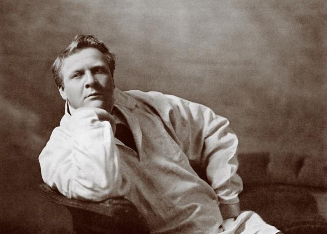 Федор Шаляпин. На момент побега Шаляпин был художественным руководителем Мариинского театра и первым в СССР заслужил звание народного артиста Республики.