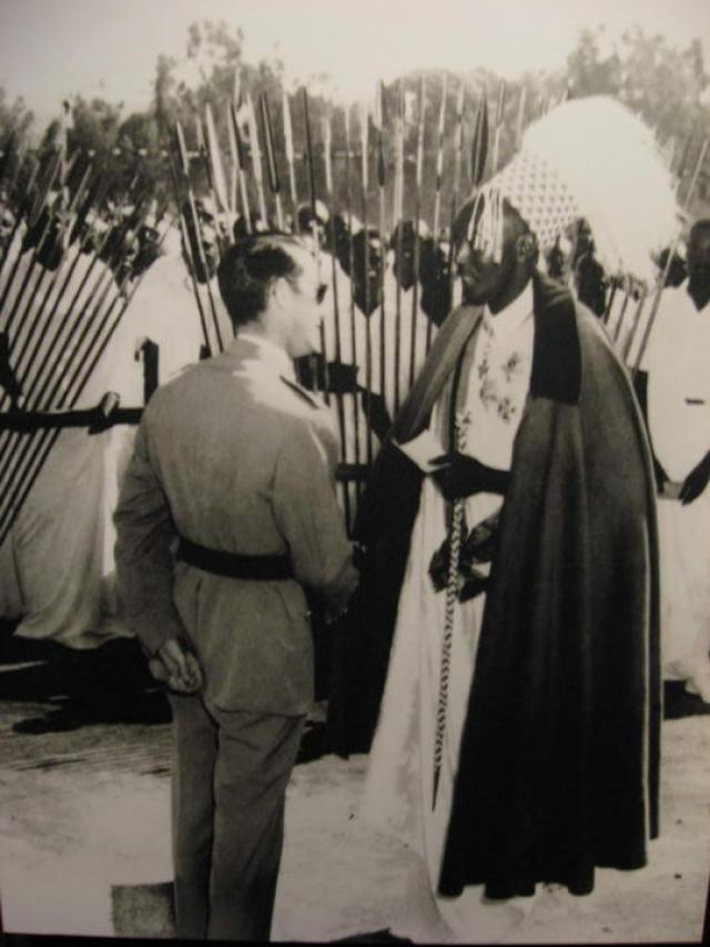 Бельгия вовлекала в управление страной исключительно тутси. Это привело к тому, что постепенно в сознании хуту сложилось убеждение, что тутси - угнетатели и враги.